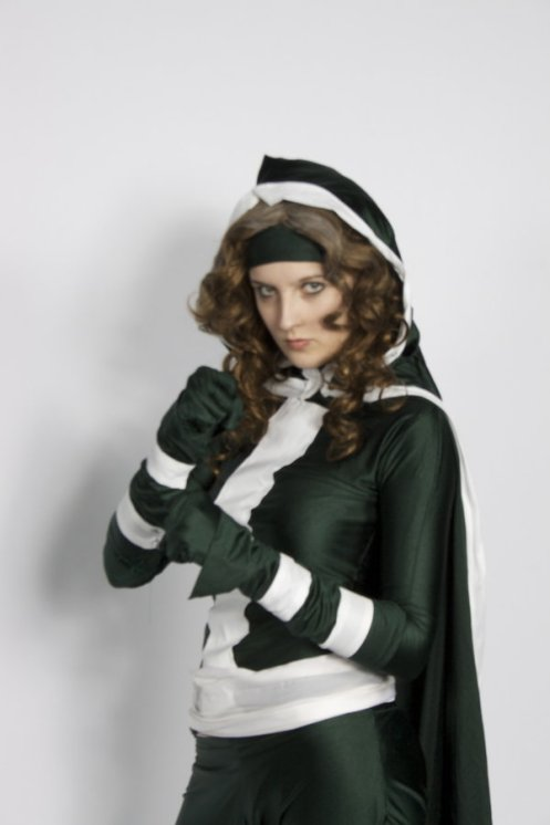 Rogue_Cosplay_by_stacey_shikon_uk